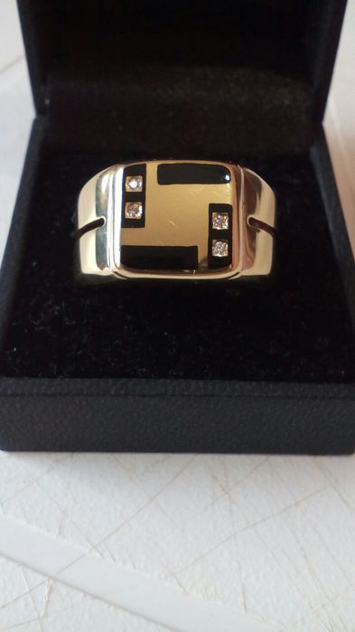 Золотой перстень (печатка, кольцо) с бриллиантами, 750 проба!