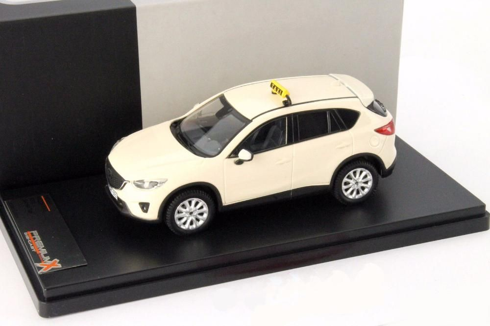 se vinde macheta Mazda CX-5 Baujahr 2012 Taxi 1:43 Premium X