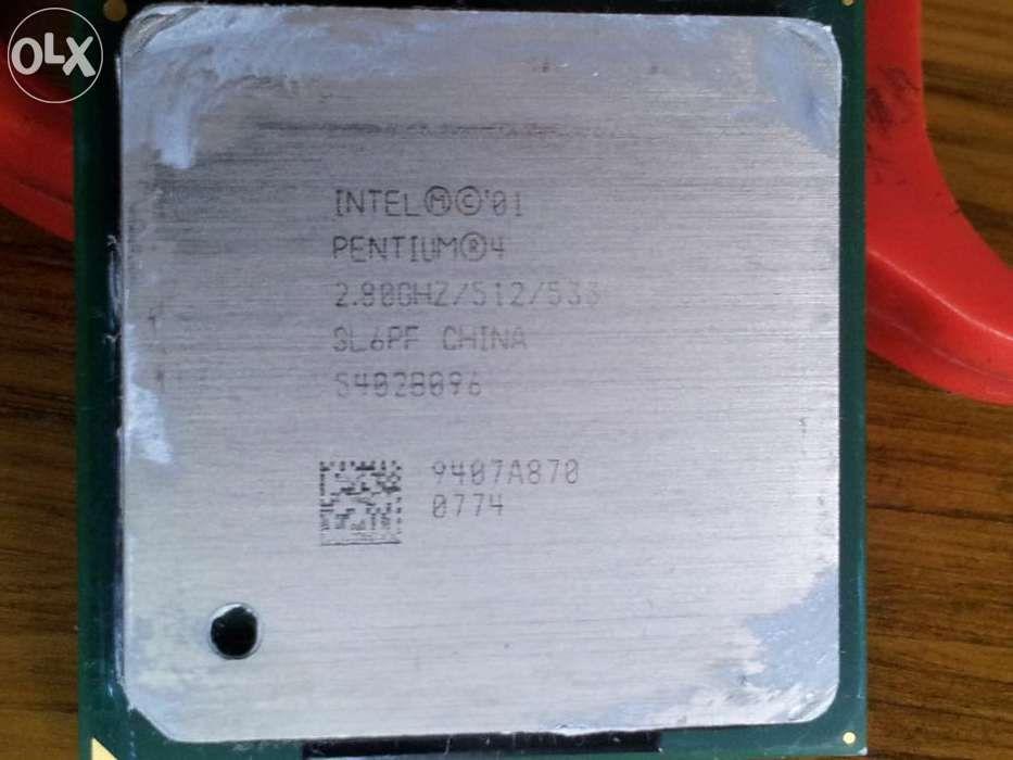 Procesor processor Intel PENTIUM 4 , 2,80 GHz / 512 / 533 + cooler