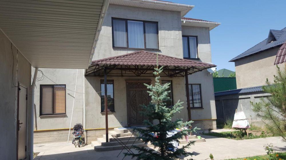 Дом продается, район Самал-2, в конце улицы Казиева, эитный район