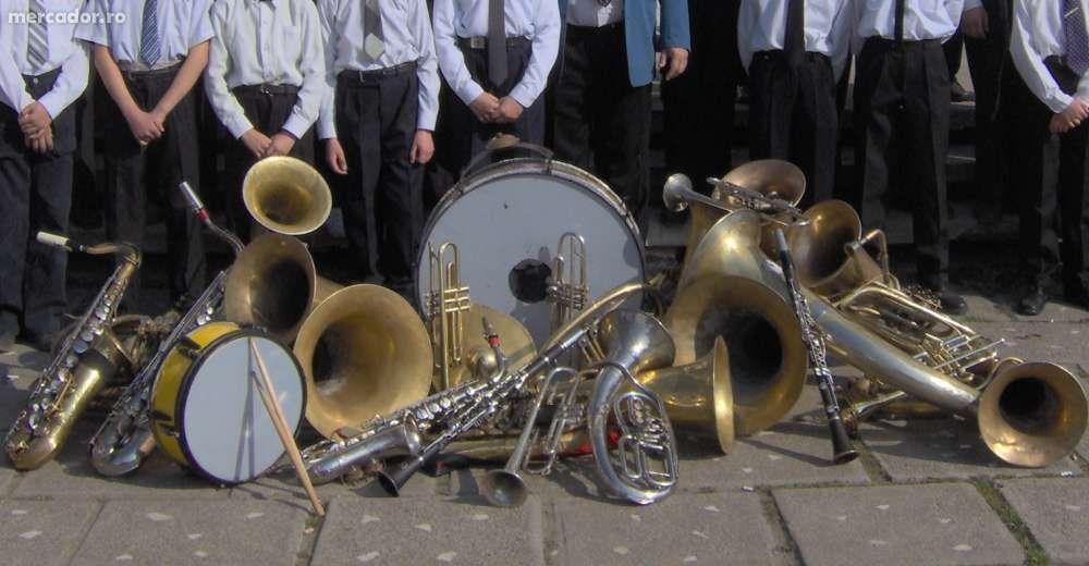 Saxofon, Trompeta, Clarinet, Pian - Initiere in Tehnica Instrumentului