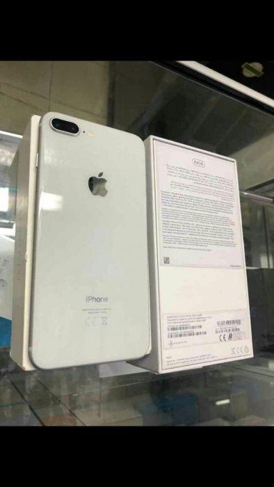 Iphone 8 pluz 64g com Caixa e todos aceesorios com 2meses de uso