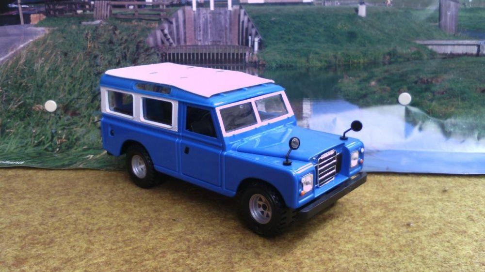 Land Rover Bburago 1/25