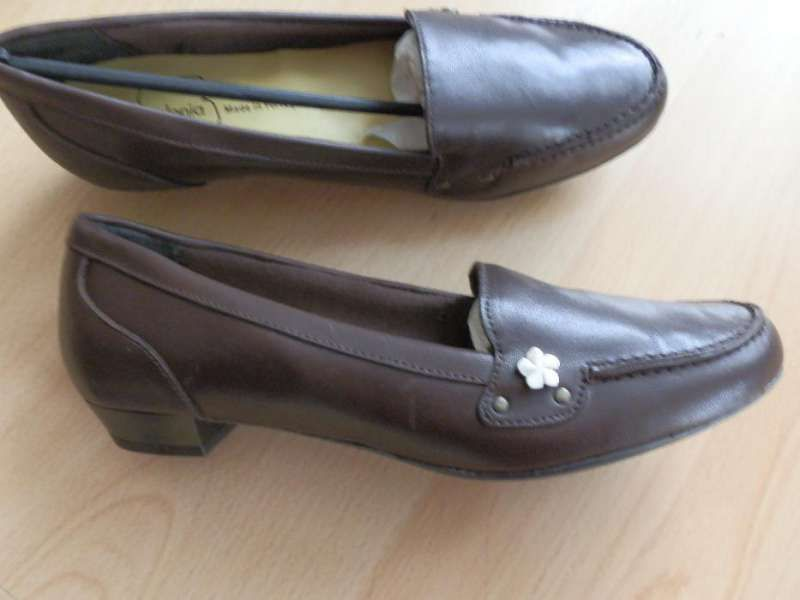 нови обувки 38