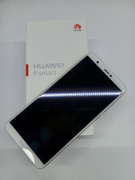 Huawei P Smart 32GB Dous 2019 na Box