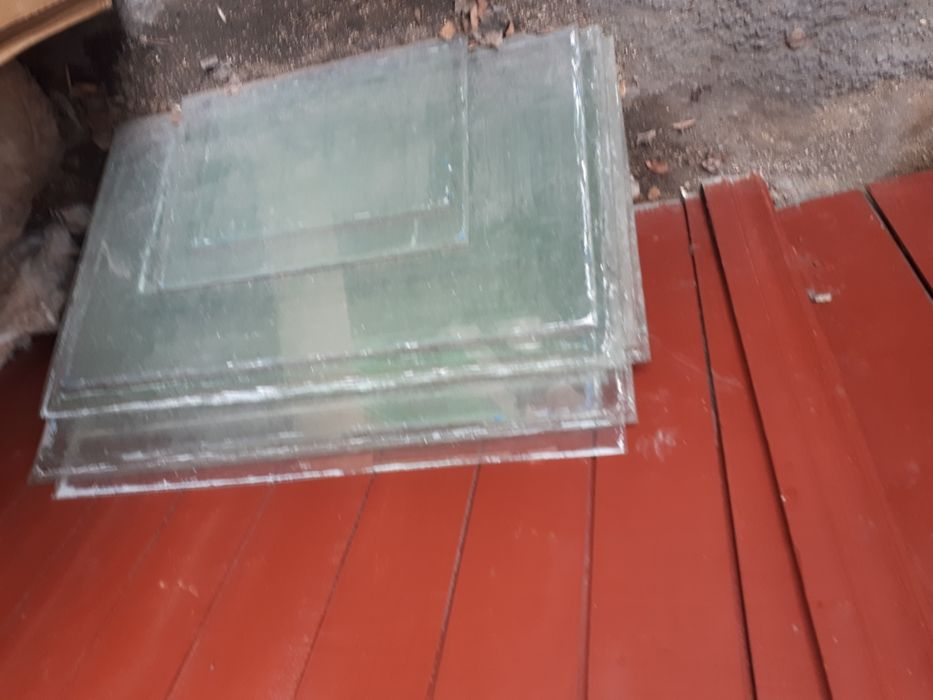 Продам стекло 1000 тг за 1 шт