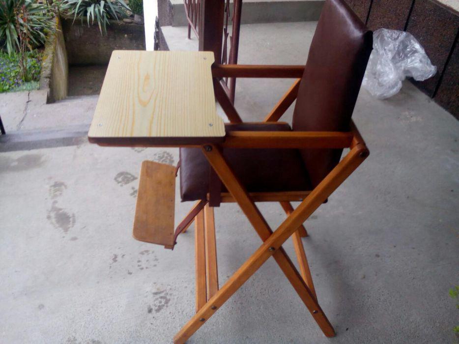 Продавам стол