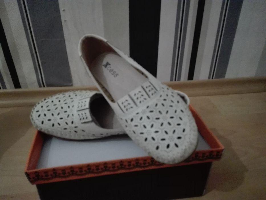 Дамски обувки- размер 41 с намалена цена