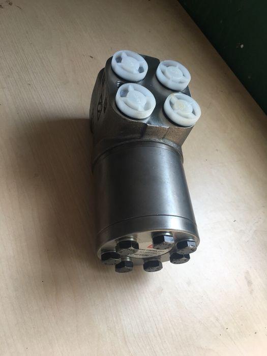 Pompa danfus Taf/Perkins/Buldoexcavator OspC-500 ON; OSPC500ON; 150N21