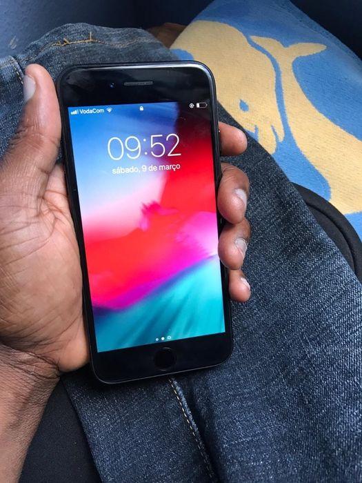 iPhone 7 normal 32g fora da caixa