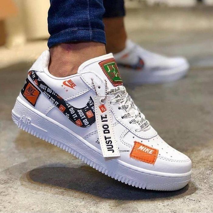 Adidasi unisex Nike Air Force 1 Just Do It alb negru marimi 36-44