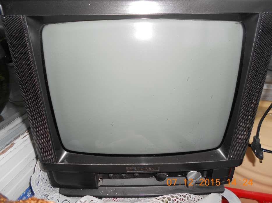 Телевизор черно-белый. диагональ 34см.
