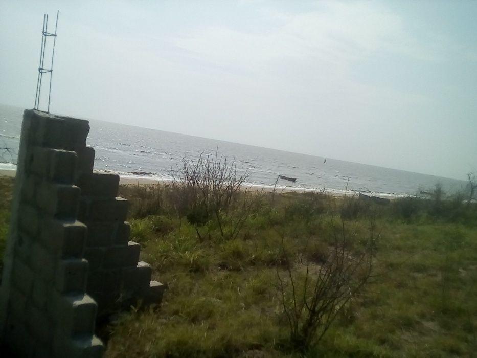 Terreno a venda na Praia Catembe 50x100 com DUAT