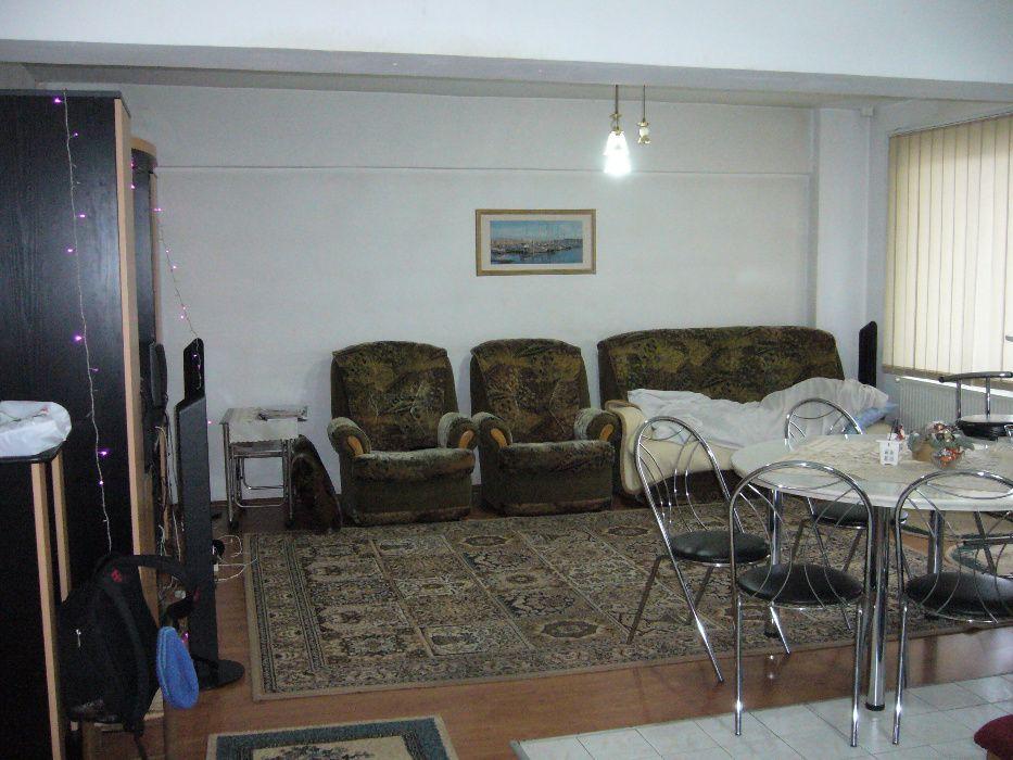Apartament 4 camere in Tudor