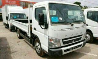 Mitsubishi FUSO a venda