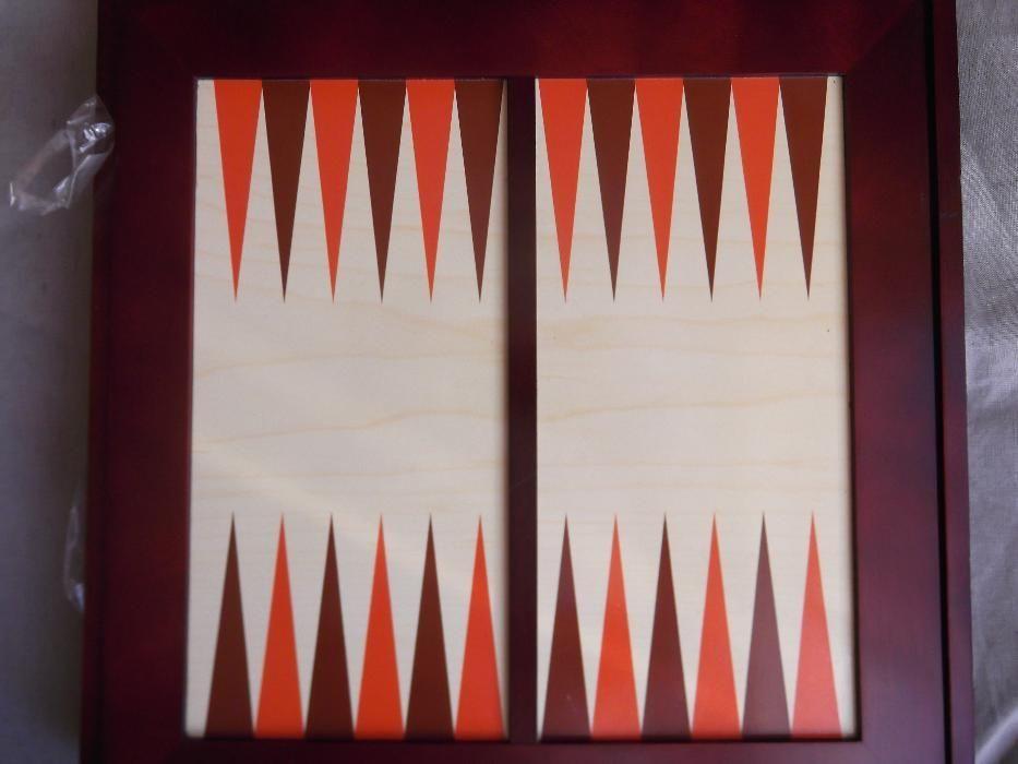 JOC Sah/Table/carti.. 7 in 1,la cutie lemn/ /.Nou