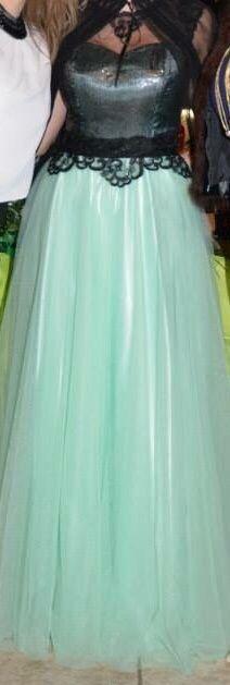 Абитуриенстка рокля