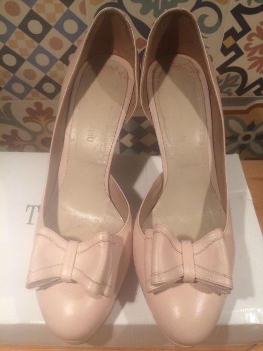 Pantofi de piele Thea Visconti marimea 37 roz nude