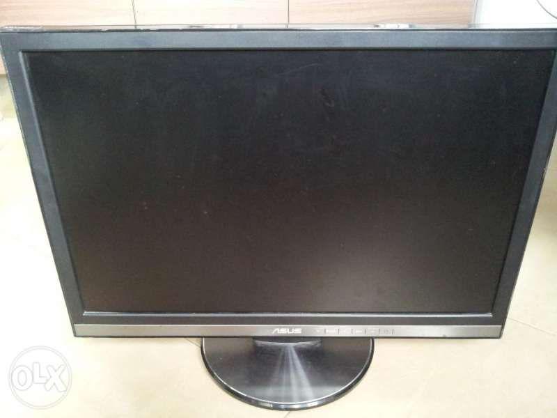 LCD монитор Asus 22 инча широкоекранен 2ms с тонколони