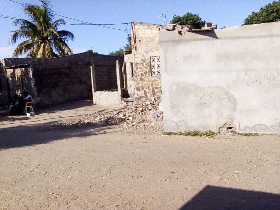 Vendo Ruina Matola A, perto da estrada velha perto das bombas Marilisa Cidade de Matola - imagem 1