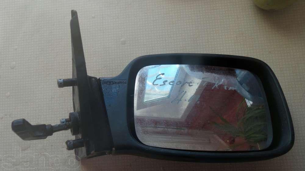Продаю зеркало заднего вида от Ford Escord