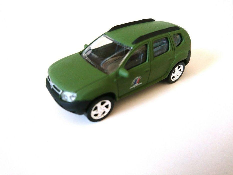 Dacia Duster - Militara - Norev - 1/64 - noua - in cutie