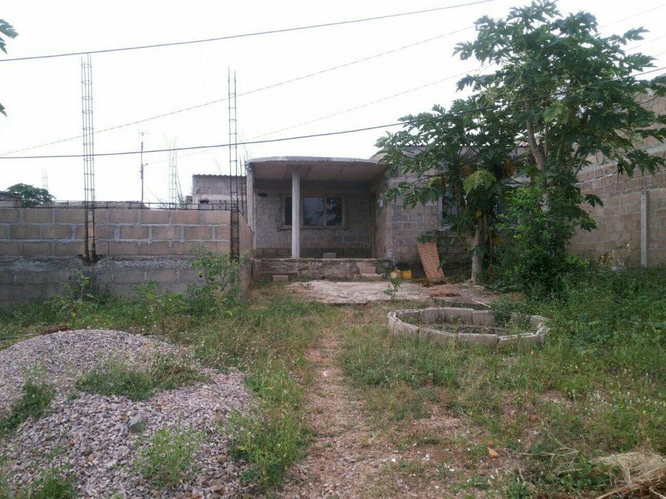 Vendo uma casa inacabada e uma dependência tipo 1 suite na de ISTEG Machava - imagem 5