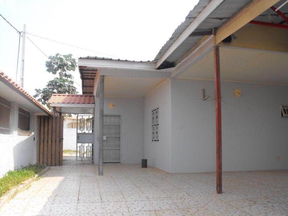 Vendemos Moradia T3 + Anexo Condomínio BPC em Camama
