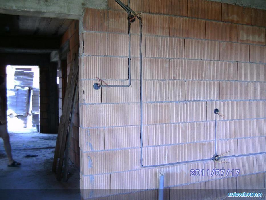 ELECTRICIAN - Instalatii electrice case si apartamente