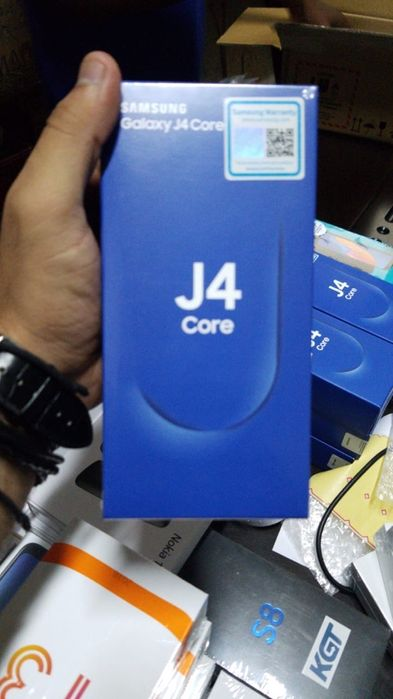 J4 core na caixa com todos acessórios