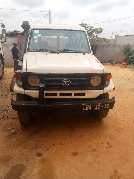 Toyota Land Cruiser Chefe Maquina