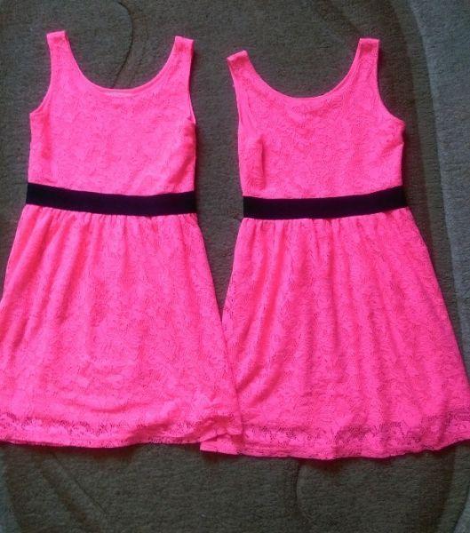 Две роклички на Н&М