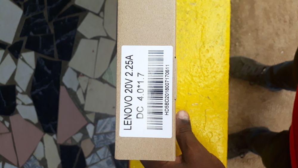 Carregador ponta ultra fina Lenovo
