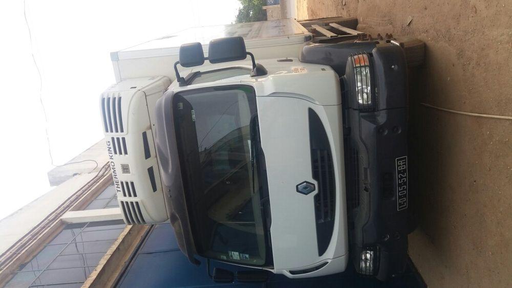 Caminhão frigorífica Renou