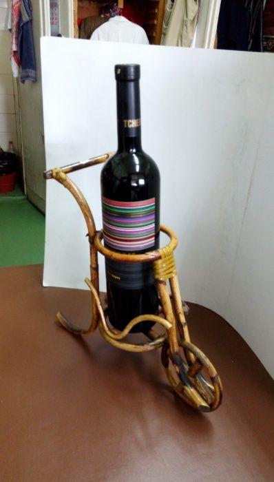 Стойка за вино от бамбук