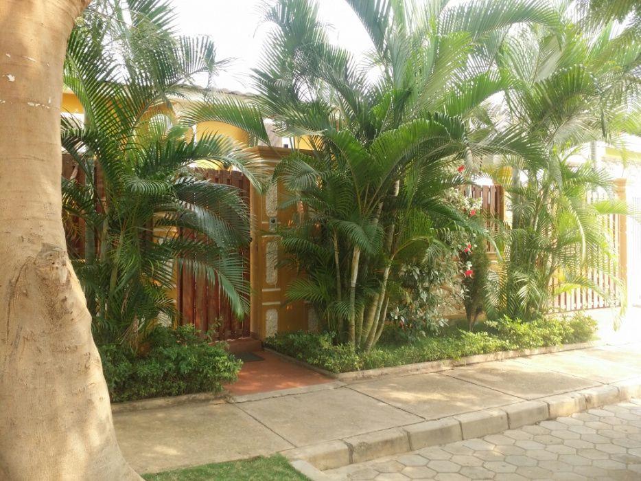 Vende-se esta bela casa no condomínio jardim do Éden toda climatizada