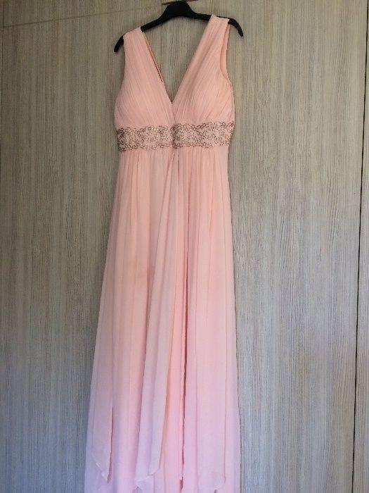 Красива рокля за бала!