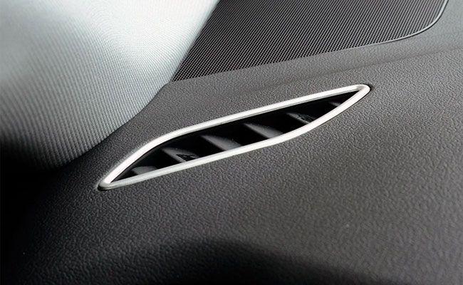 Ornamente metalice guri ventilatie bord - Audi