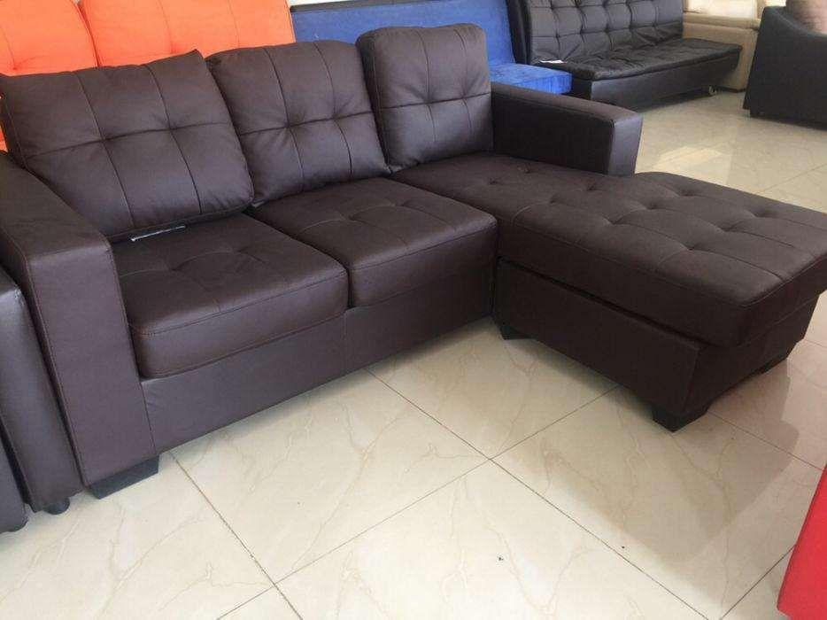 Sofa medio em couro cor preto directo entrega ao domicílio