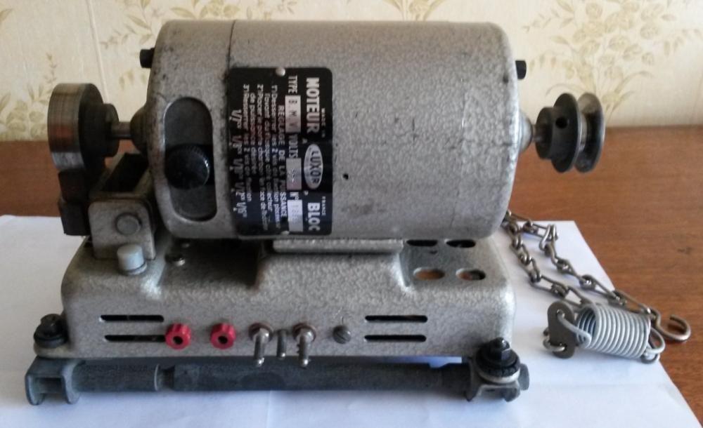 Френски електромотор Luxor