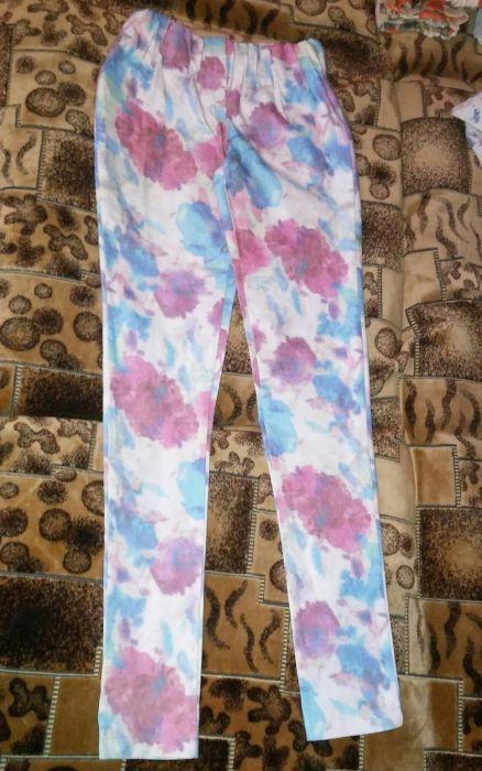 Новые джинсы-лосины 42 р s