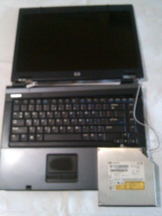 Dezmembrez laptop Hp compaq 6715s defect