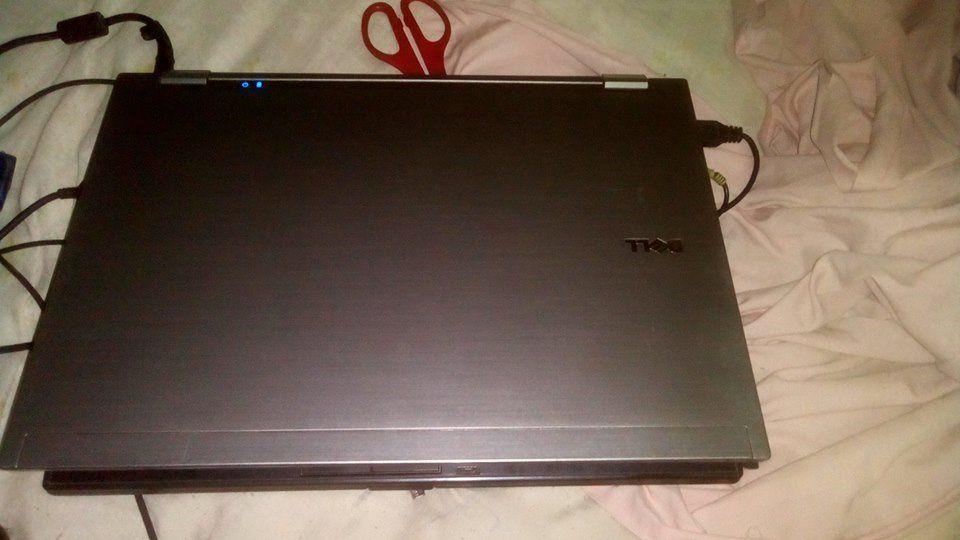 Vendo o meu portátil da marca Dell corel i5 mem 8 Gb