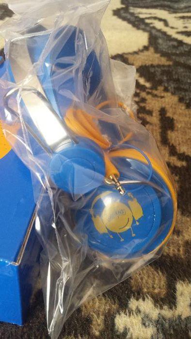 Продавам слушалки