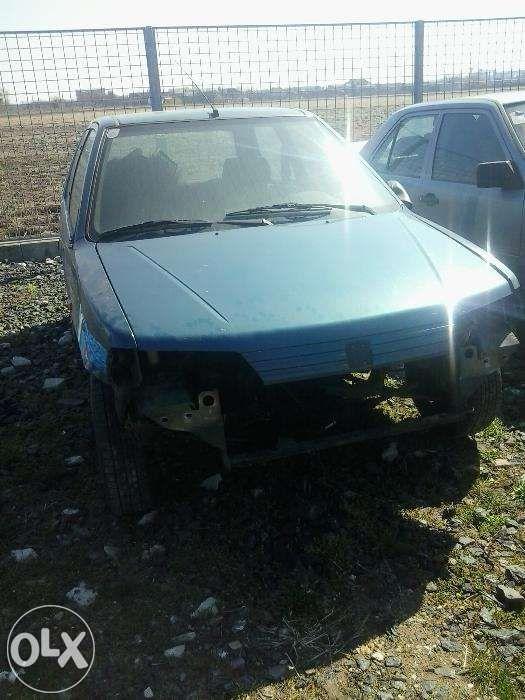 Dezmembrez Peugeot 106 Diesel