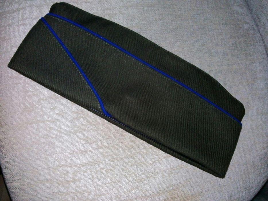 Военная офицерская пилотка