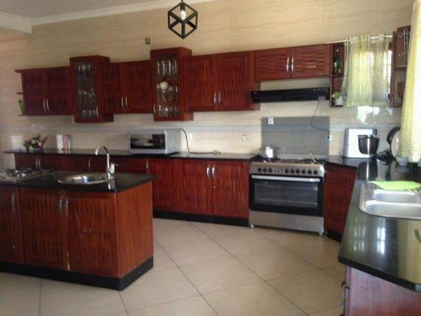 Mahotas t5 luxuosa com piscina. Maputo - imagem 3