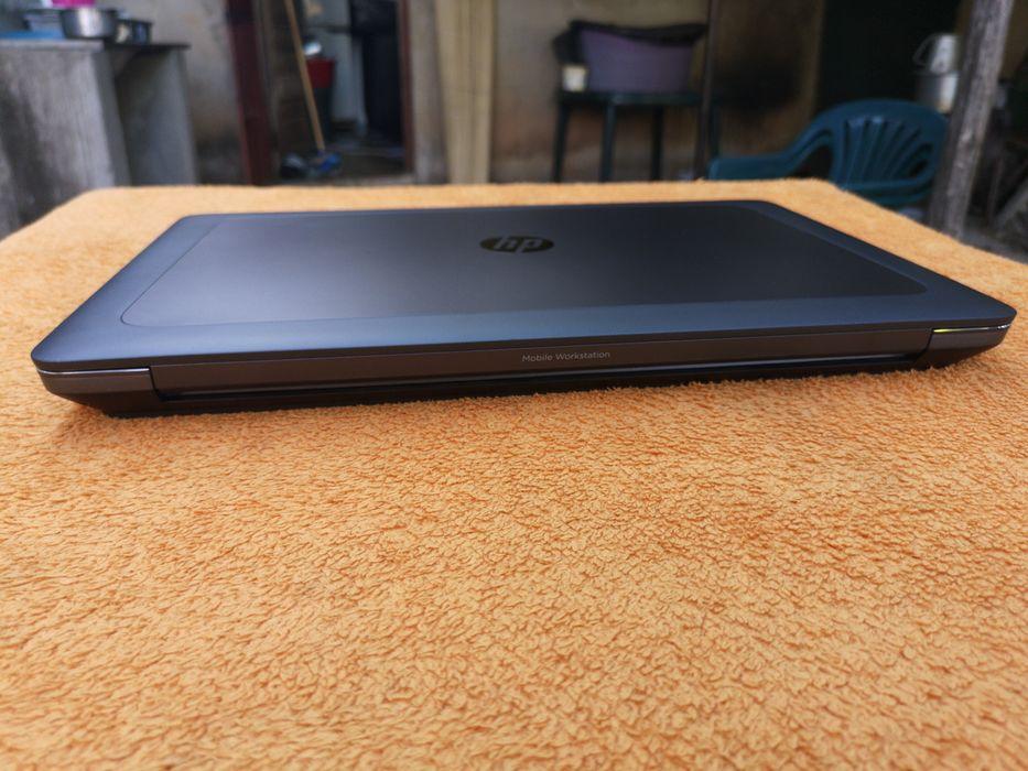 HP Zbook 17 G4 i7 7820HQ 32GB SSD 512GB +1TB Nvidia 16GB GDDR5 Dedica