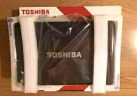 Computador Toshiba novo a venda