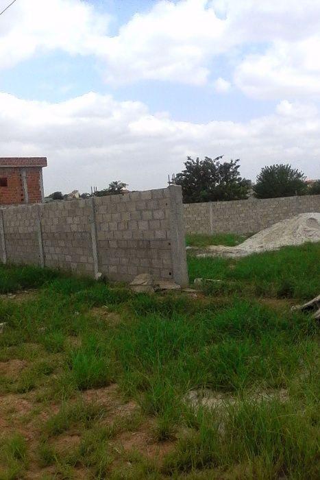 Fazenda no Kicuxi 13 hectares e no Bengo 50 hectares